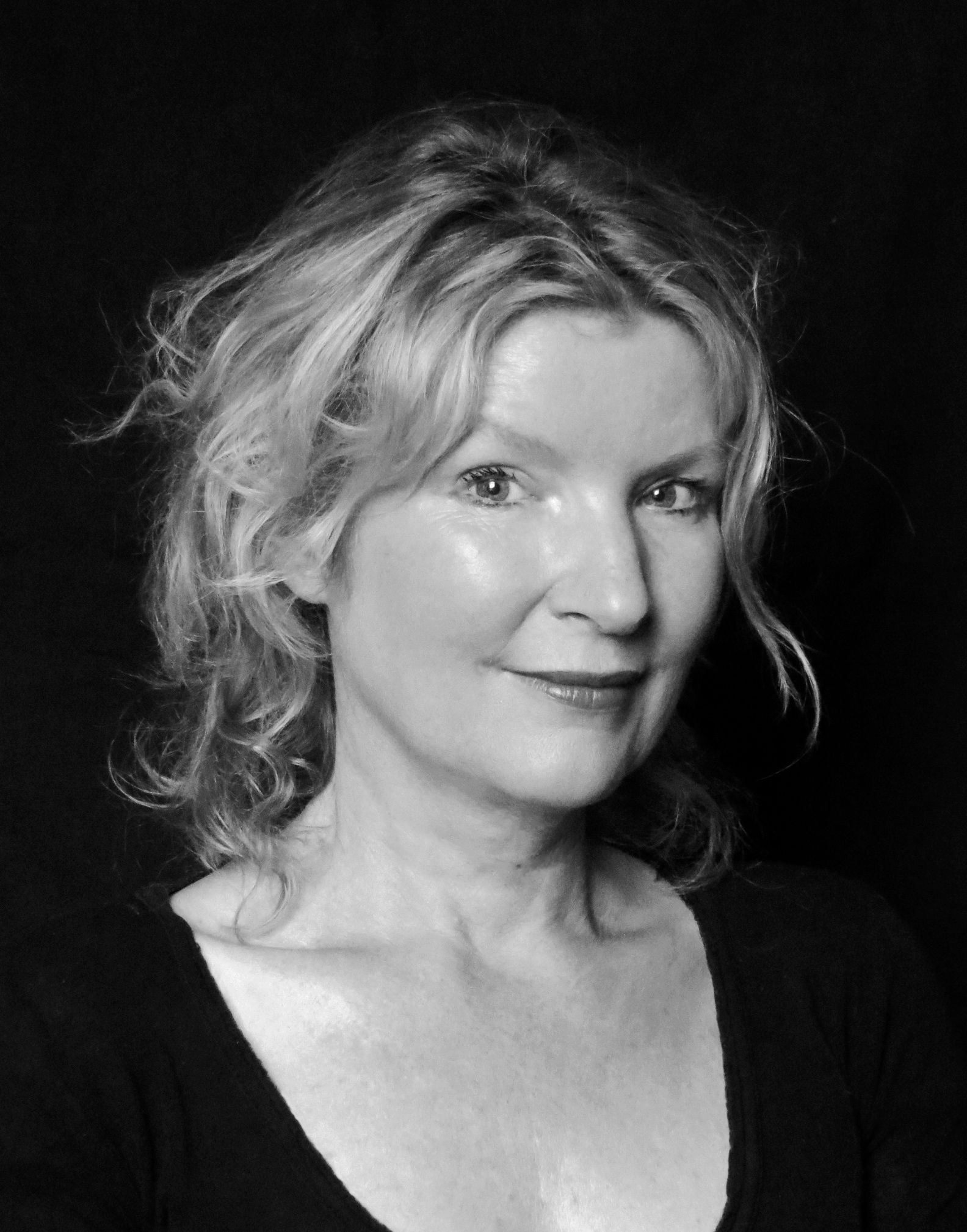 Freya Stang, sykehusklovn, skuespiller