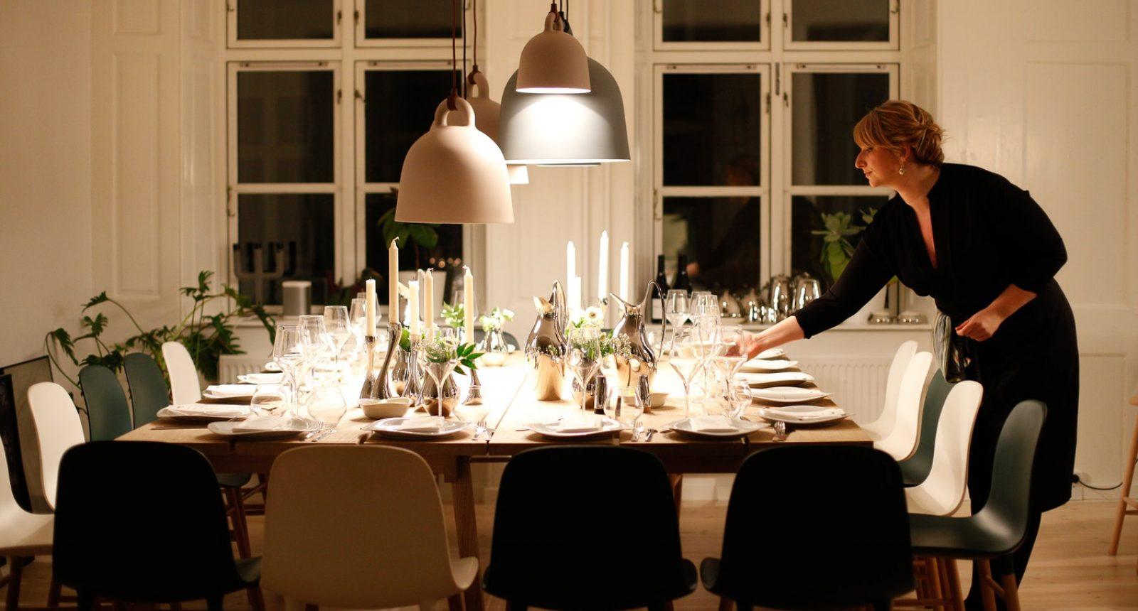 Dekket middagsbord